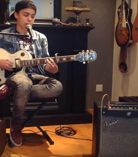 VIDEO: Veghelse Stef (14) straalt in Voice Kids en kiest voor Marco