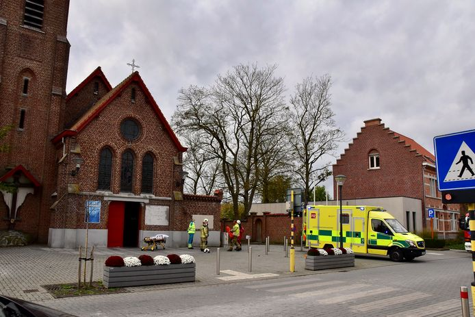 Het arbeidsongeval deed zich voor in de Heilig Hartkerk van Kruiseke.