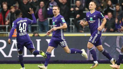 VIDEO. Anderlecht dankt Kums: spelmaker nekt ex-club (en negenkoppig) Gent met twee klasseflitsen