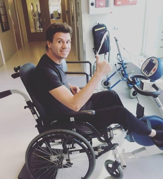 Jelle van Gorkom werkt aan zijn herstel na zijn trainingsongeval.