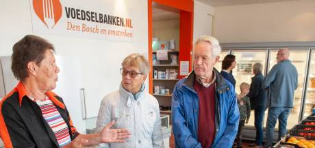 Jubileum voedselbank: 'Rijk aan vers eten, maar we moeten op de centen letten'