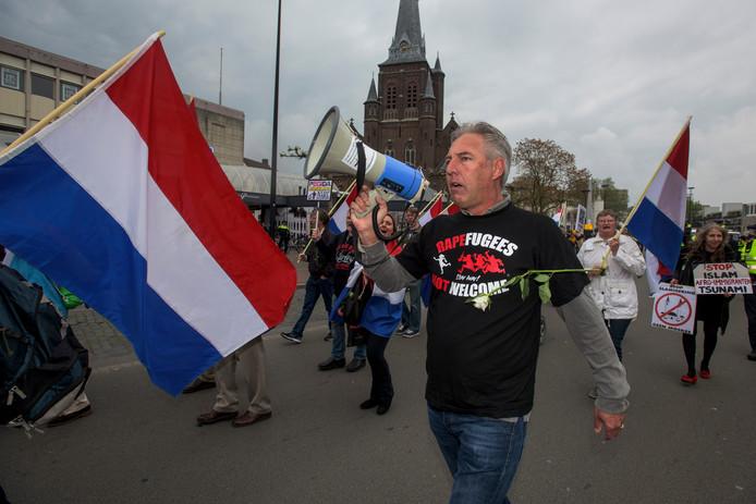 Edwin Wagensveld tijdens een demonstratie in 2017 van anti-moslimbeweging Pegida in Tilburg.
