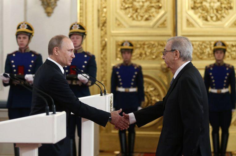 Primakov in 2014 tijdens een bijeenkomst in het Kremlin. Beeld ap