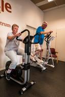 Herman Poorthuis is mantelzorger van zijn vrouw Marijke, die dementerend is. Samen sporten vinden ze fijn, het is inspannend en ontspannend tegelijk.