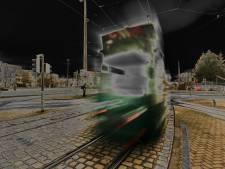 Nachtelijke waaghals vindt de dood onder Duitse tram
