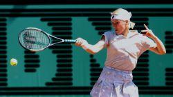 Wimbledon-winnares en dubbelspecialiste Jana Novotna verliest op haar 49ste strijd tegen kanker