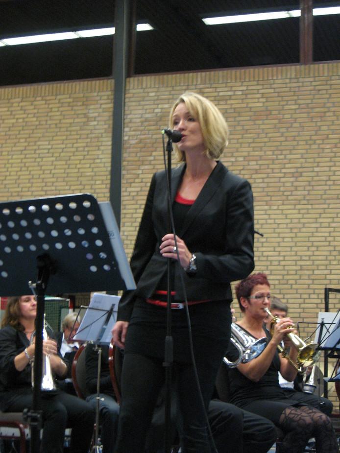 Zangeres Brigit Segers. Foto Sandra de Wolff