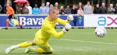 PSV zet in op behoud van talentvolle keeper Maxime Delanghe