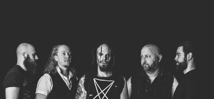 De band Powerstroke brengt een nieuw album uit, met verrassende samenwerkingen.