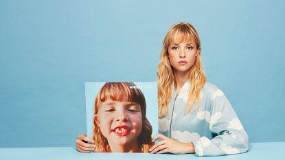Vroeger 'zus van' en 'dochter van', nu is zij superster van de familie... Wie is Angèle Van Laeken?