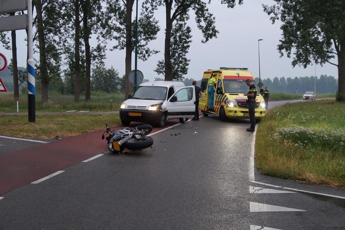 Motorrijder gewond bij aanrijding in Heusden