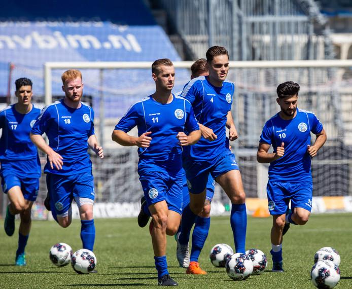 Tijdens de eerste training van dit seizoen moest FC Den Bosch het nog zonder nieuwkomers stellen.
