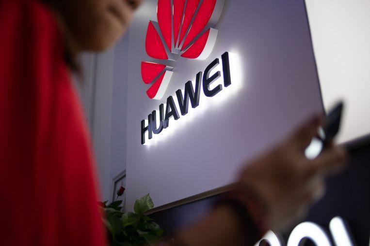 In juli besloten de VS al om de strafmaatregel tegen Huawei af te zwakken, die adempauze is tot december verlengd. Beeld AFP