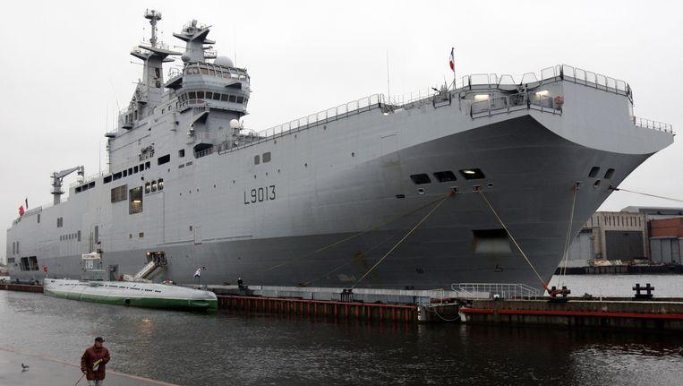 Een Frans marineschip van de Mistral-klasse. Beeld AFP