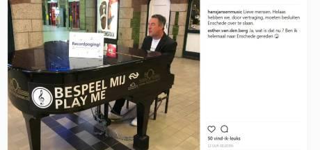 Stationspianist skipt station Enschede tijdens recordpoging