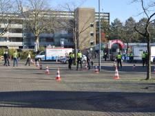 Agent bedreigd en geschopt tijdens actiedag Breda, controle zorgt voor vier aanhoudingen en tientallen boetes