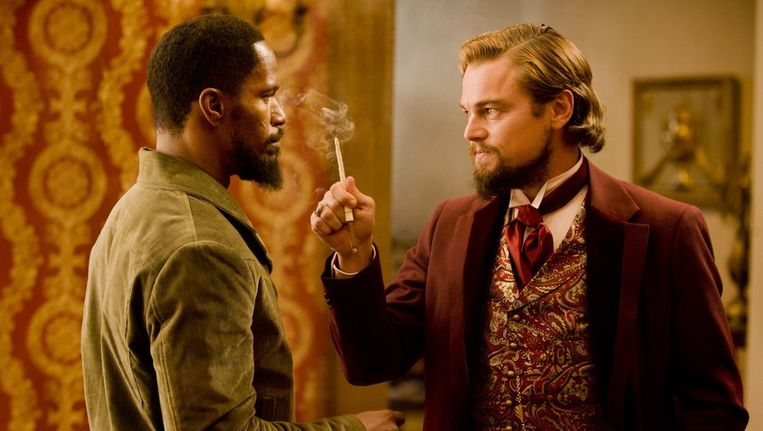 Jamie Foxx (links) en Leonardo DiCaprio in Django Unchained. Beeld reuters