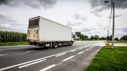 Lo-Reninge pakt snelheidsduivels en zwaar verkeer aan met trajectcontroles en zones 30