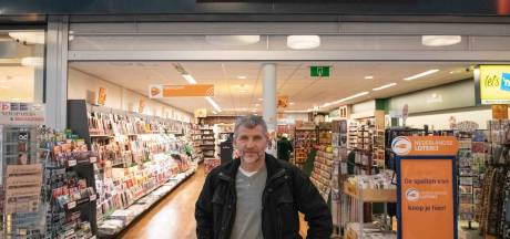 Vergissing of doelbewust? Verkeerde Vos gaat er met cd-speler vandoor in Enschede