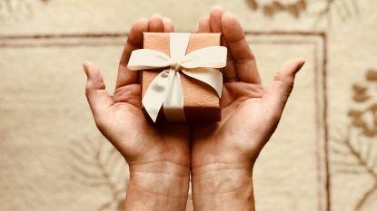 Van een kapotte bureaustoel tot kerstomaatjes: wat is het origineelste cadeau dat jij ooit kreeg?