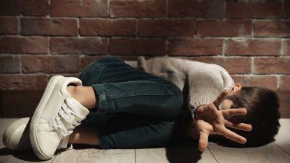 """""""Verkrachtingsvideo was waardeloos want jongen weende en smeekte om genade"""": koppel dat zoon (9) verhuurde voor bedragen tot 10.000 euro legt hallucinante getuigenis af"""