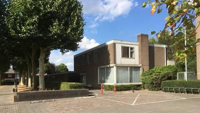 Buurt niet blij met bouwplan Hoppen op terrein pastorie in Prinsenbeek