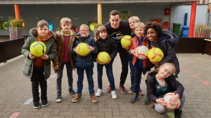 Heldentoer op bezoek bij leerlingen basisschool De Bloesem