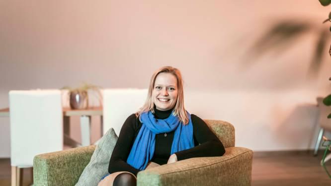 """Sarah (25) start met psychologiepraktijk 'Mijn Bubbel': """"Coronacrisis versterkt mentale klachten"""""""