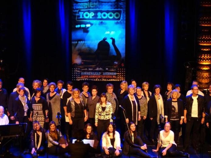 Popkoor Musical Voices tijdens Top2000 Popkoren Contest in Arnhem (december 2014).