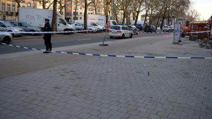 Vechtpartij tussen 40-tal jongeren in Brussel, één persoon zwaargewond na mesaanval