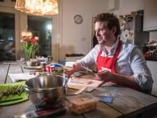 Kookbeleid: Tom Kha Gai maken met VVD-lijsttrekker Thom van Campen