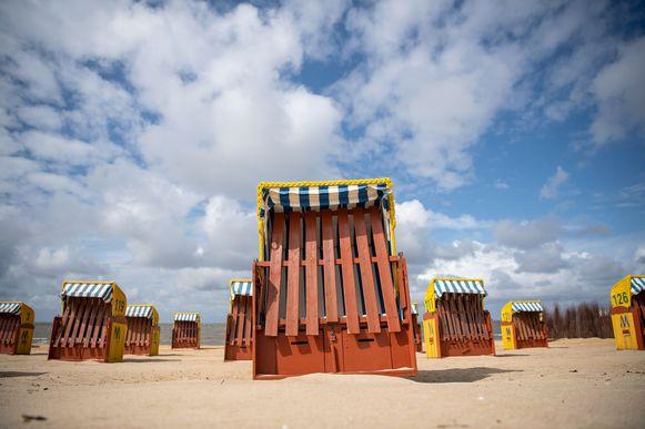 Cabines op het strand van Cuxhaven, een bekende Duitse kustplaats.