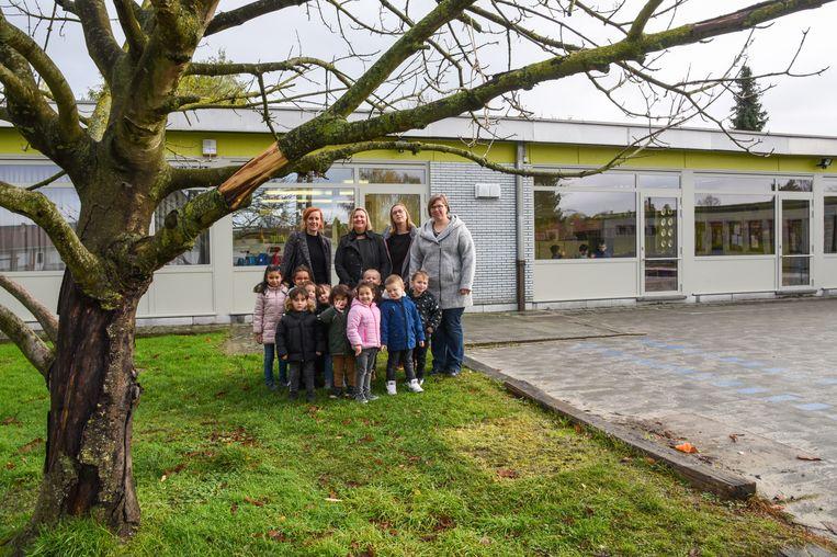 De nieuwe leefschool krijgt een plek op de site waar nu al het kleuteronderwijs van het Atheneum, in de wijk Keur, gevestigd is.