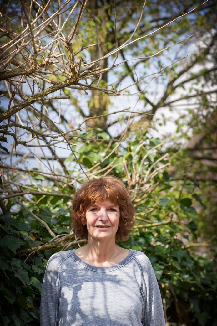 """Maria Berkers van aktiegroep """"Stop de Stank""""."""