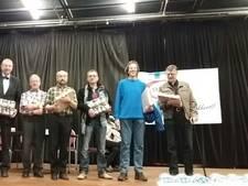 Luuk de Ruijter naar huis met acht potten jam na winst schaaktoernooi in Zetten