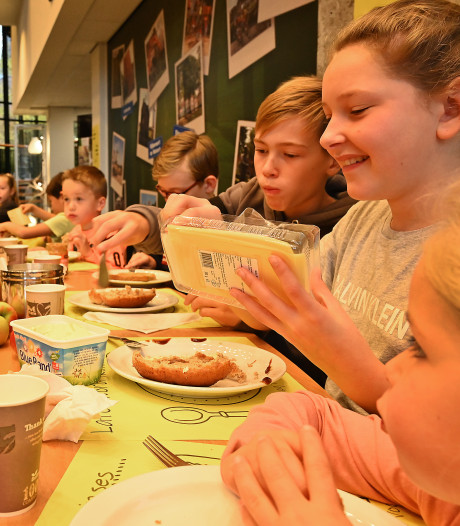 Onderwijsstaking: geen vrij, dan maar gezond ontbijten bij de burgemeester