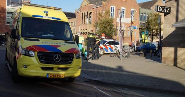 Fietser gewond bij botsing op kruising in Drunen.
