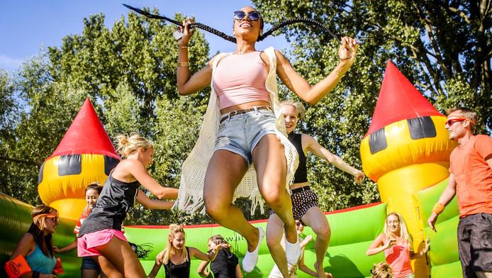 Vorig jaar was de eerste editie van het Springkussen Festival in Amsterdam.