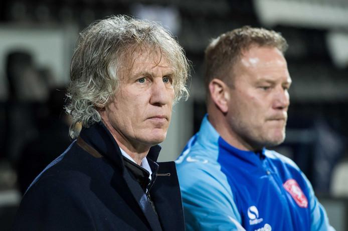 Gertjan Verbeek en assistent-trainer Jan de Jonge.