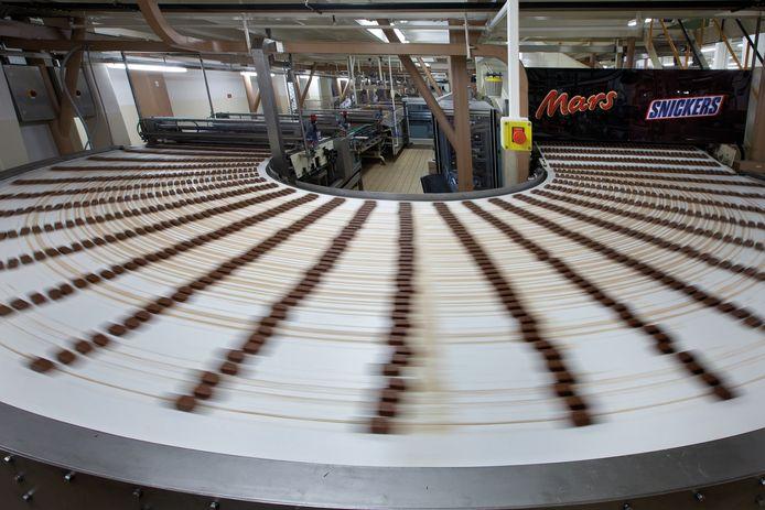 De productielijn van Mars in Veghel.