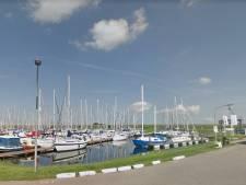 Marineduikers gaan zoeken naar vermiste duikers bij Scharendijke