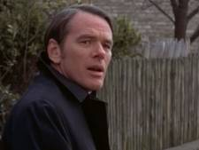 The Exorcist-priester O'Malley beschuldigd van seksueel misbruik student (17)