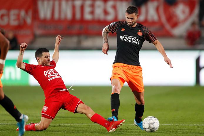 Het  vertrek van José Matos hakt erin bij FC Twente.