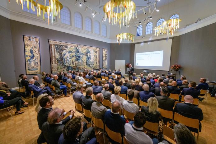 De Gobelinzaal van Rijsmuseum Twenthe diende als stijlvol decor voor de 28ste editie van het Prinsjesdagontbijt.