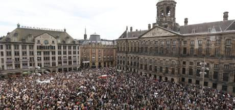 Dam in Amsterdam bomvol met demonstranten tegen politiegeweld
