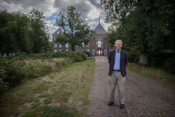 Sammy baron van Tuyll van Serooskerken.