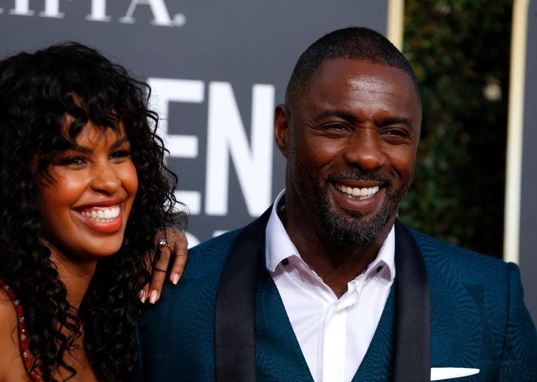Sabrina Dhowr en Idris Elba op de rode loper van de Golden Globes.