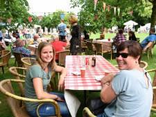 De zomermarkt bij restaurant Oud Vuren zou bij iedereen bekend moeten zijn
