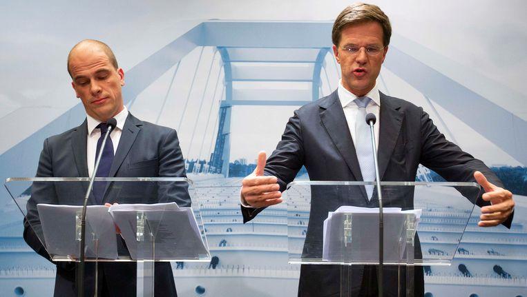 Rutte en Samsom tijdens de presentatie van het regeerakkoord. Beeld REUTERS