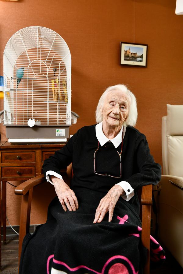 Mariette Bouverne op haar 110de verjaardag.